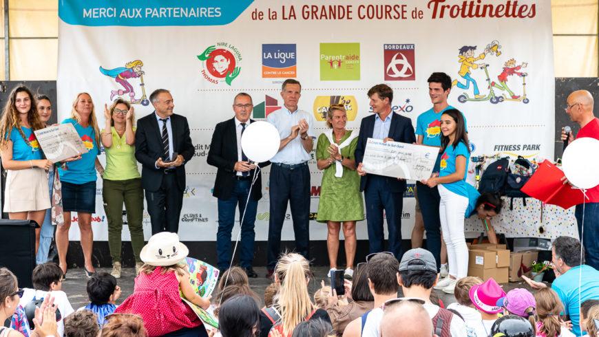Grande-Course-Trottinettes-Bordeaux-2019_remise-de-chéqu